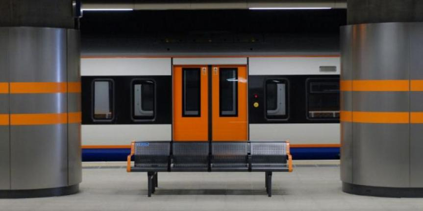 London Overground should be handed control of local rail services